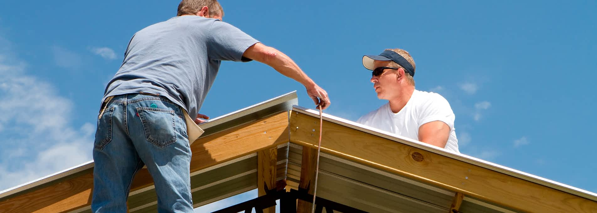 How to Select the Best Roofing Contractor